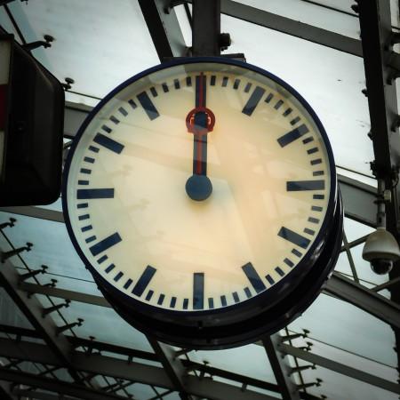 clock-997055_1280