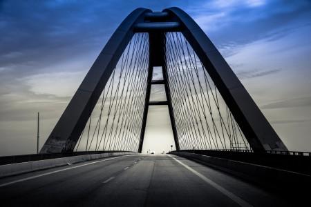 bridge-1292516_1280